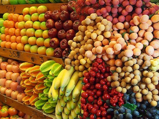 Thái Lan tận dụng mọi hình thức giao thương để đẩy mạnh quảng bá, xuất khẩu trái cây trong mùa dịch Covid-19. Ảnh: T.L.