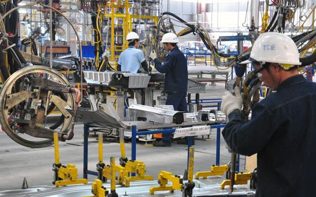 Thủ tướng nhấn mạnh, Việt Nam đã, đang và sẽ tiếp tục đồng hành cùng doanh nghiệp để củng cố niềm tin, phát triển sản xuất kinh doanh. Ảnh: T.L