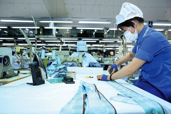 TP.HCM cần có nhiều chính sách hơn nữa để hỗ trợ người lao động và doanh nghiệp sau dịch bệnh.