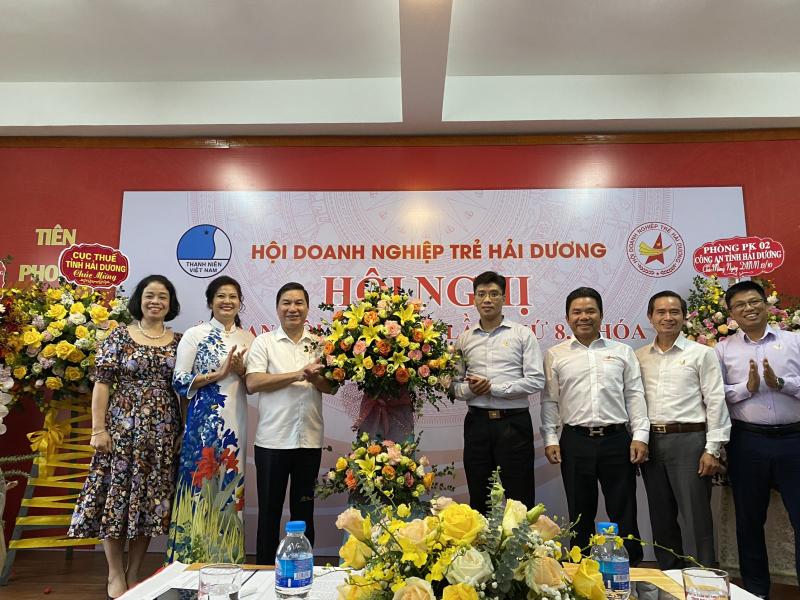 Nhiều năm qua, Hội Doanh nghiệp trẻ tỉnh Hải Dương luôn nhận được sự quan tâm, hỗ trợ của lãnh đạo địa phương. Ảnh: DNT.