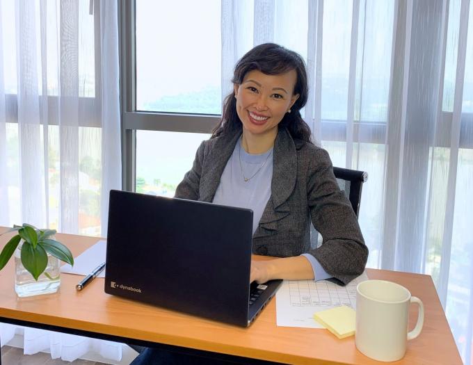Theo Shark Linh, một trong những cách để bà làm hài hòa giữa công việc và cuộc sống riêng tư là dồn hết tâm huyết cho mỗi việc ở mỗi thời điểm khác nhau. Ảnh: TL.